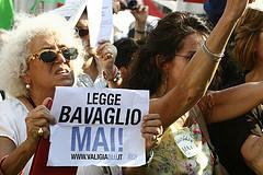 No al Bavaglio, Piazza Navona, Roma, 1.7.10 (licenza CC)