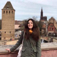 mini-profilo di Ambra Tomaello